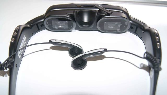 Digital Video Glasses / outdoor portable home theater trip Video player glasses