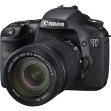 Canon EOS 7D Digital SLR Camera with EF-S 18-135mm IS lens