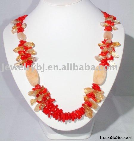 2010 latest fashion necklace