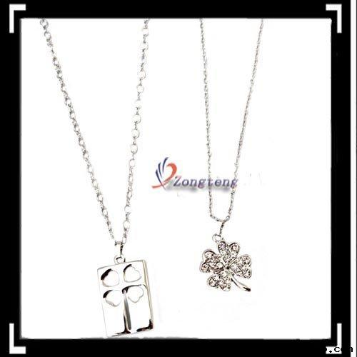 Clover Diamond Couple Necklace