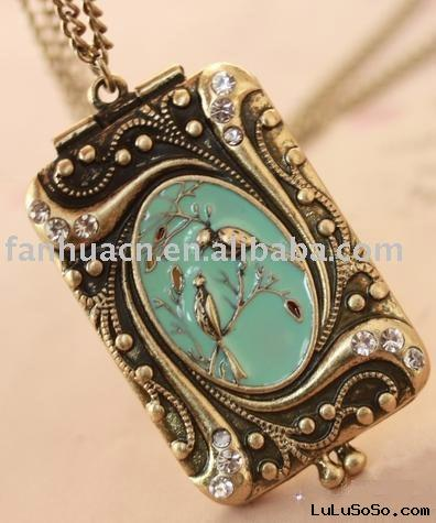 Fashion Jewelry-New Style Antique Bird Openable Photo Box Necklace