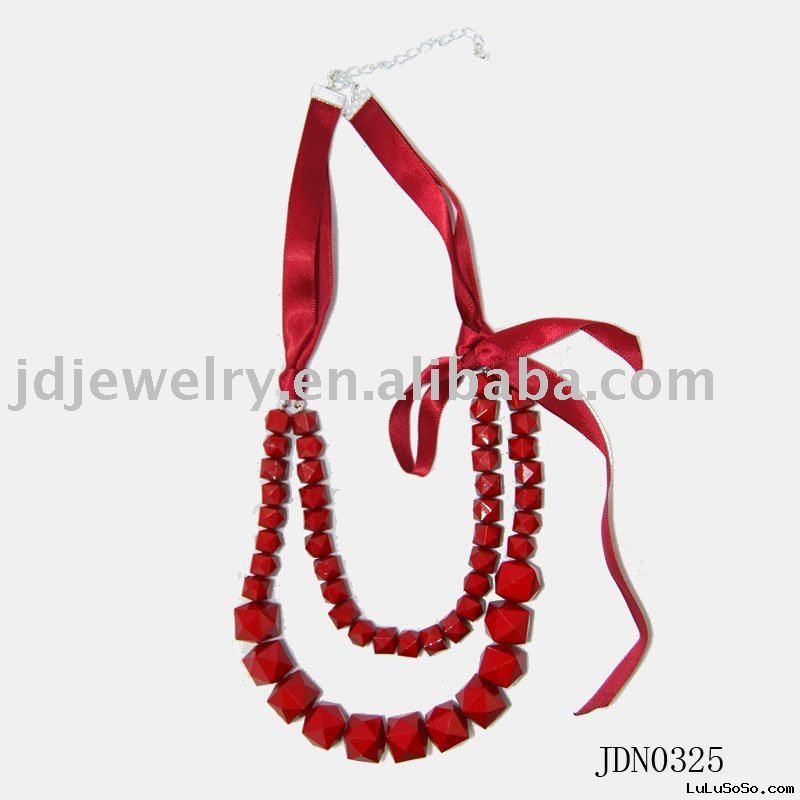 Fashion red ribbon necklace