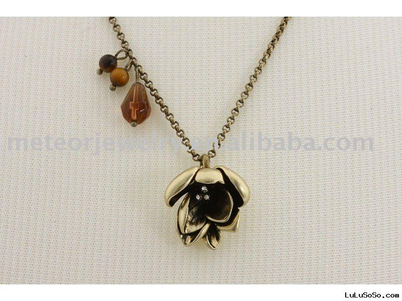 Fly Free Posey Necklace
