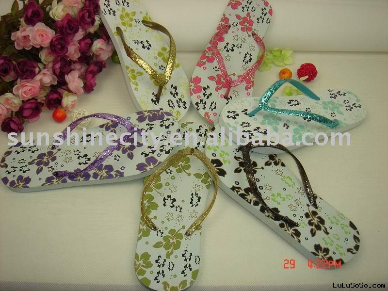LADIES FOAM SLIPPERS