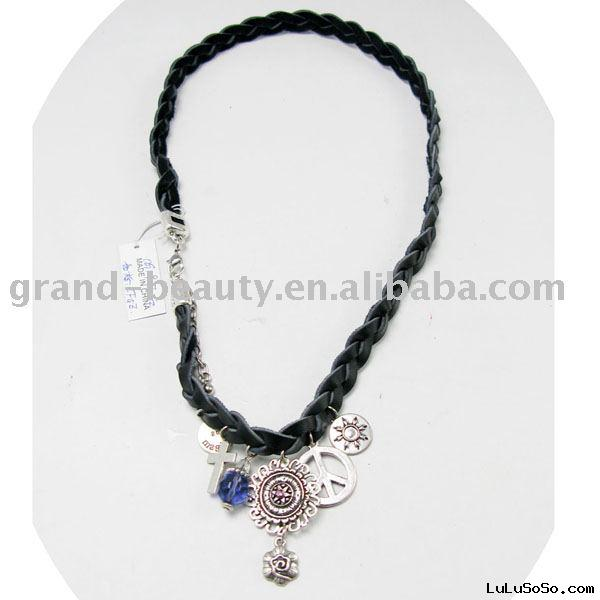 Leather braided necklace