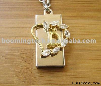 diamond necklace usb