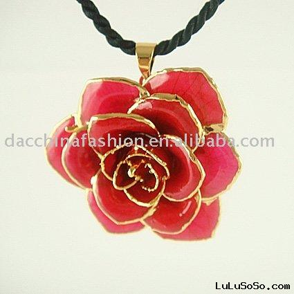 gold natural rose necklace