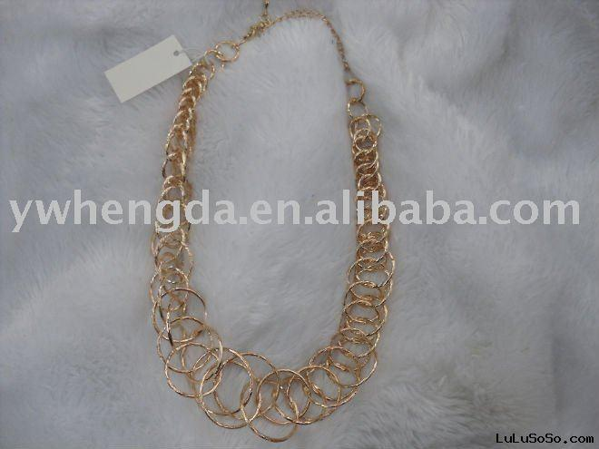 twine yellow gold necklace