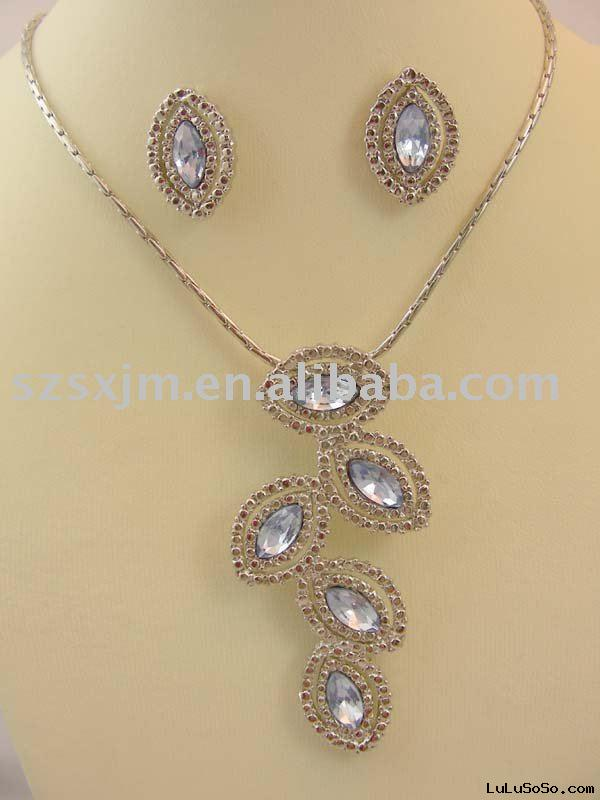 wholesale new fashion jewelry necklace earrings Set