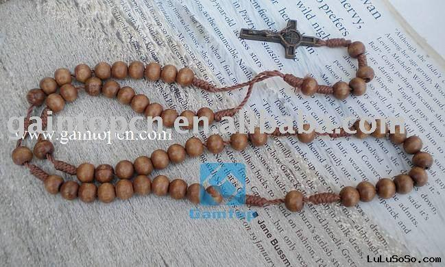 wooden crucifix necklace
