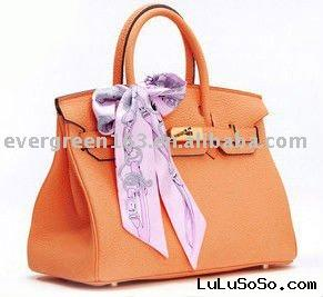 2011 handbag ( Vuitto 01)