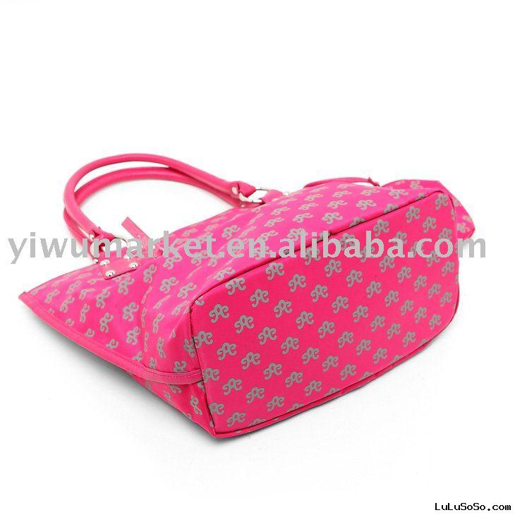 Ladies fashion handbags wholesale