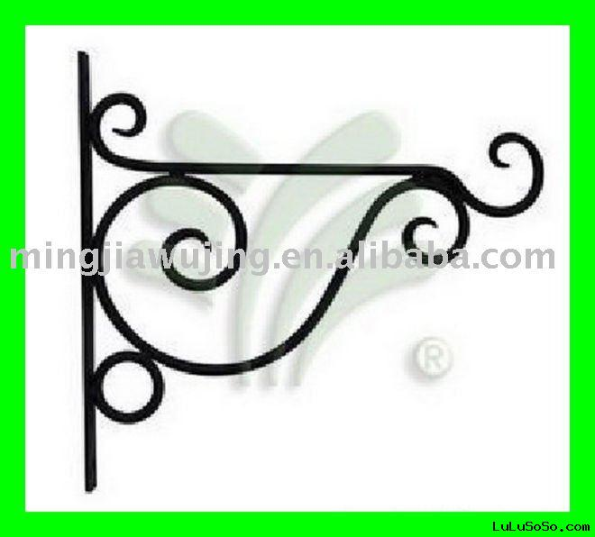 WROUGHT IRON clothes rack