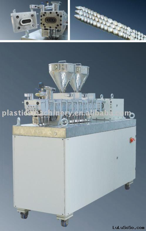 Laboratory Compounding Extruder