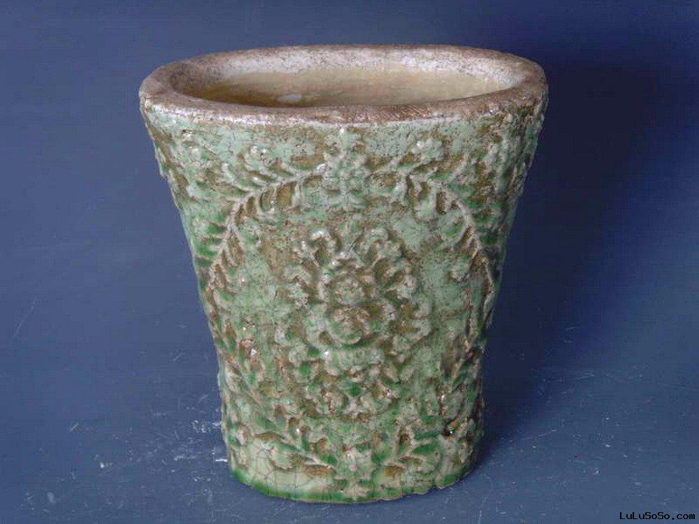 antique flower pots (planters) in terracotta