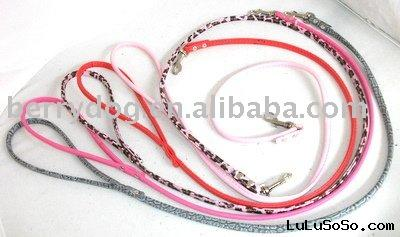 low price round leather petleashes for small dogs and medium dogs