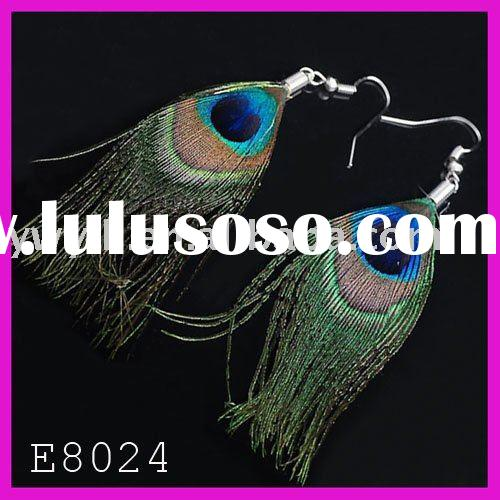 Fashion peacock feather earring