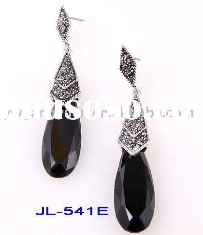 fashion antique silver earrings