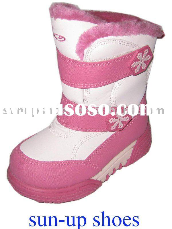2011 latest fashion kids snow boot