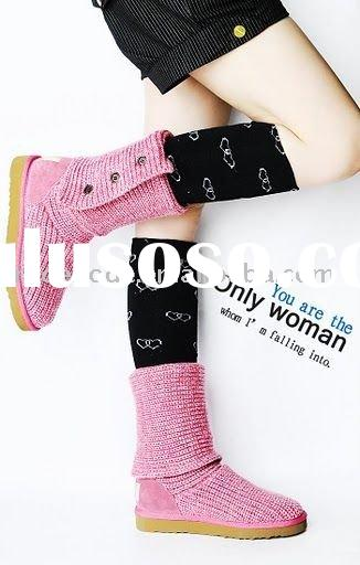 pretty girls lovely pink winter boots
