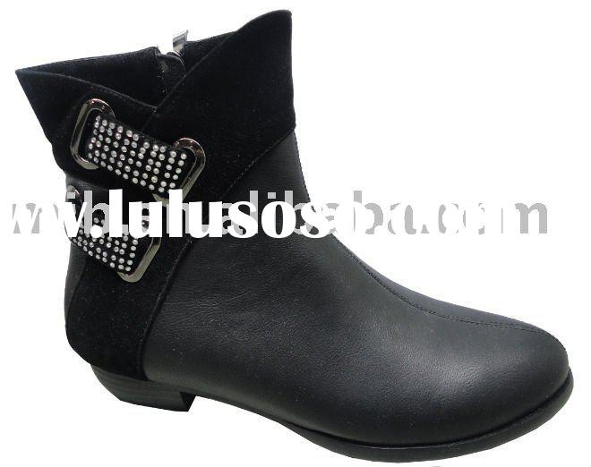 fashion woman flat boots