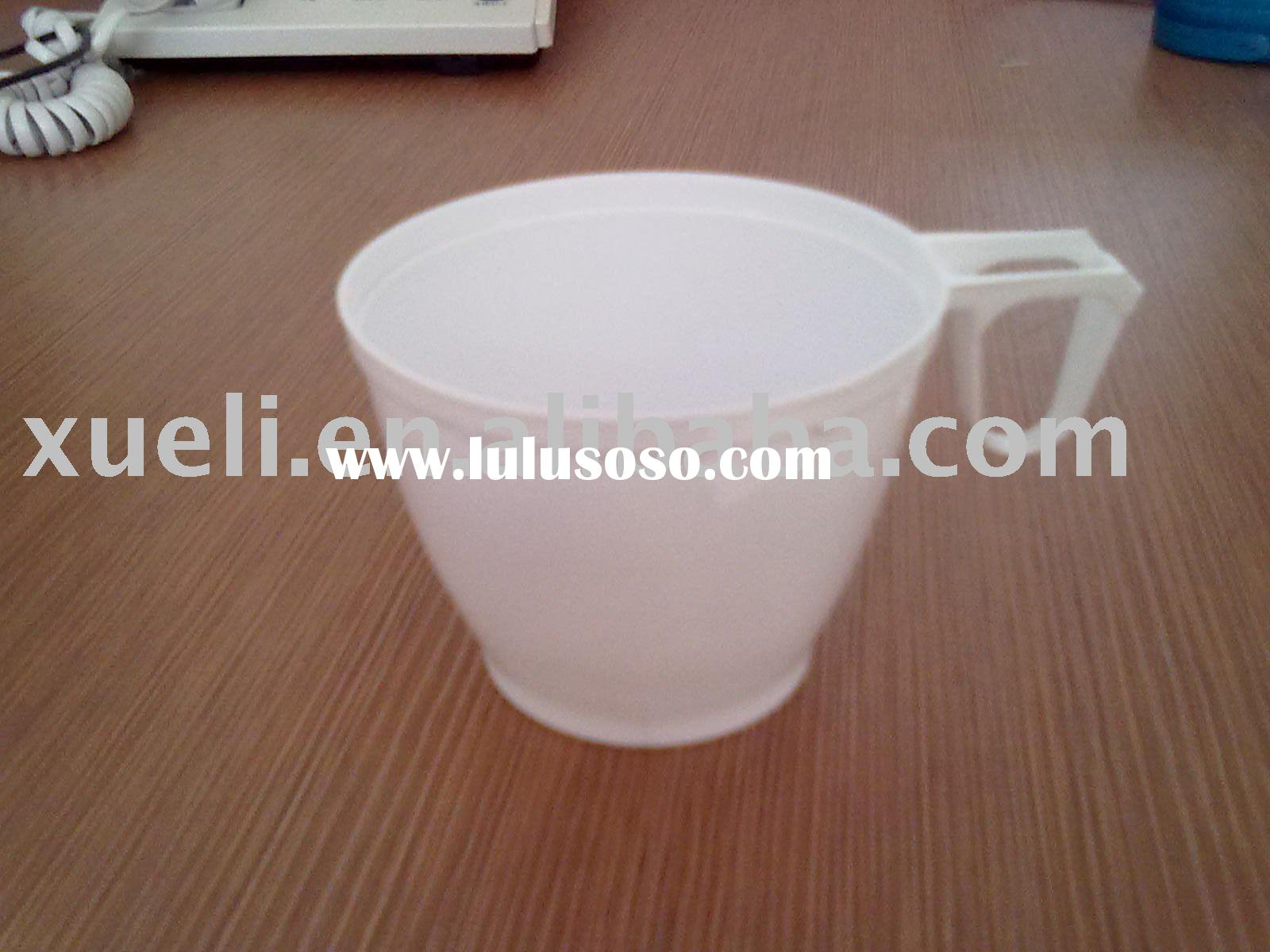Disposable plastic coffee cup with handle