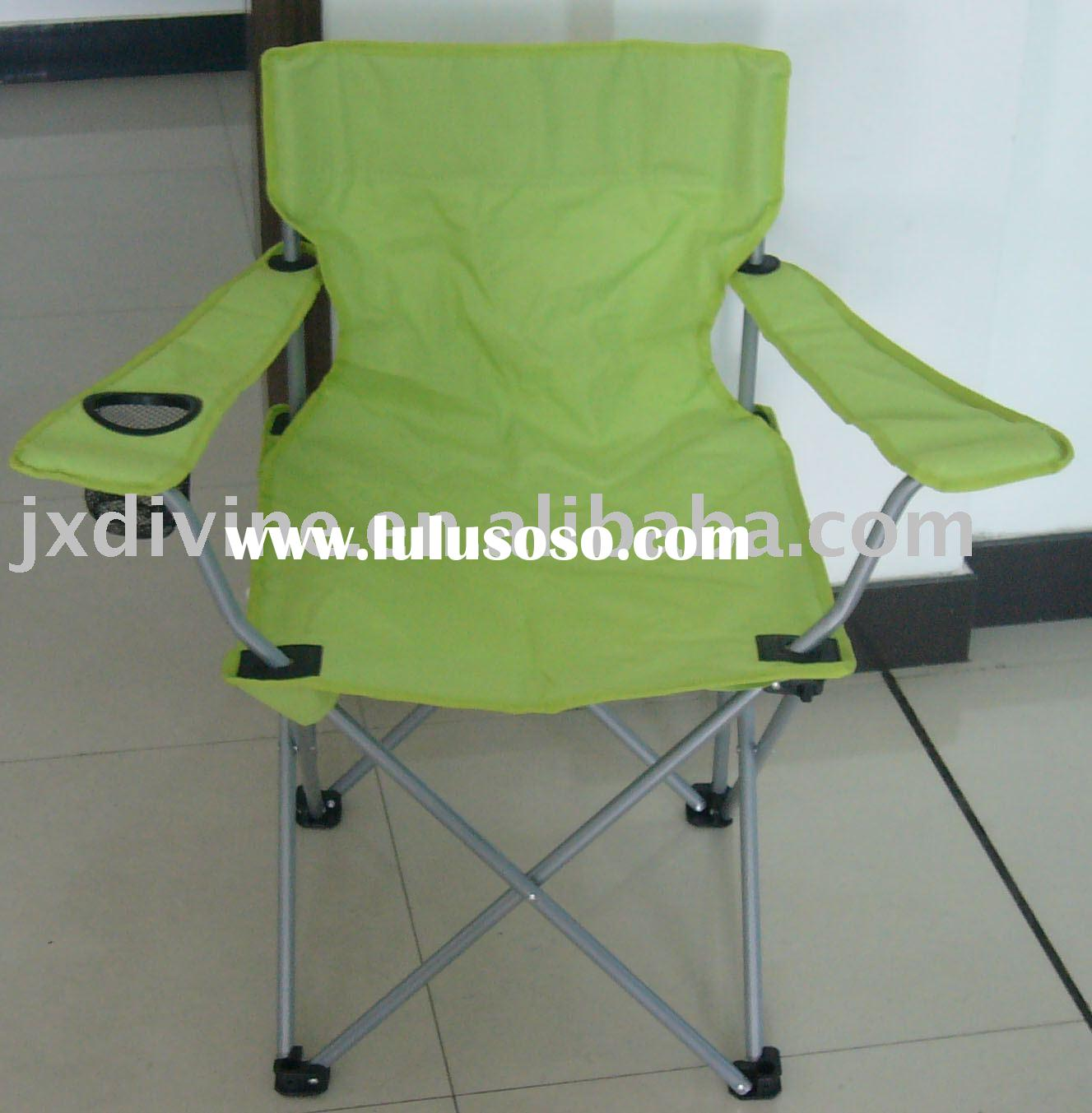 Quad chair with arms