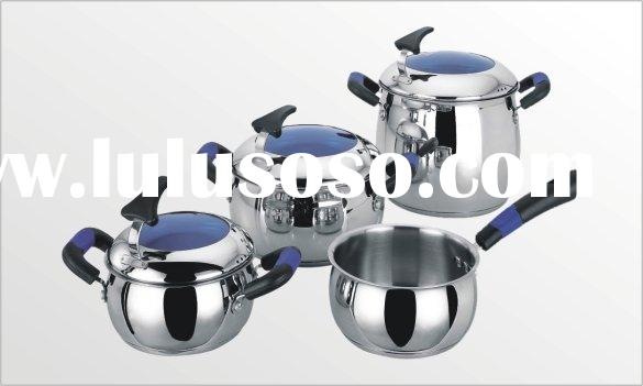 Apple shape cookware set
