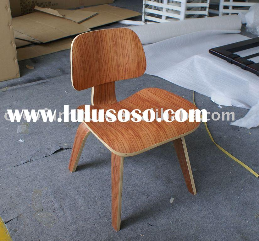 DCW  Eames plywood dining chair wood in rose wood