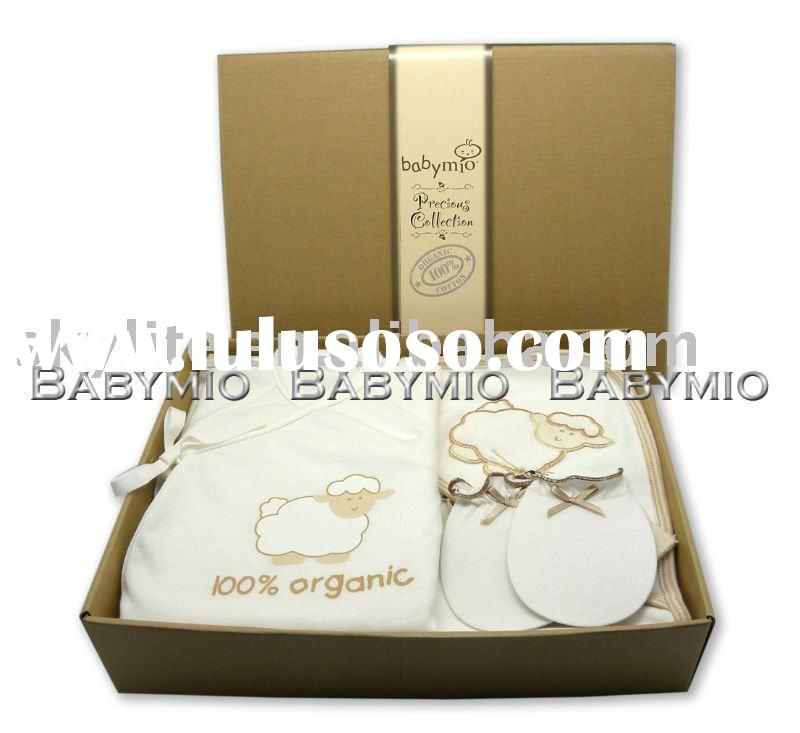 New Born Baby Organic Cotton Gift Set - Bodysuit /Mittens /Cuddle Robe