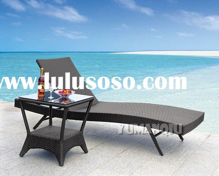 Traditional Lounge Chair