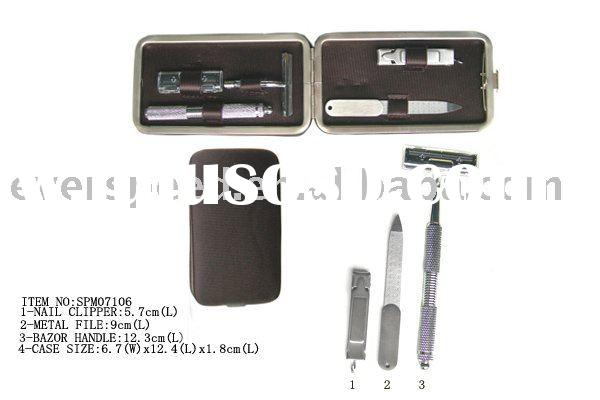 Manicure set with high class inner part