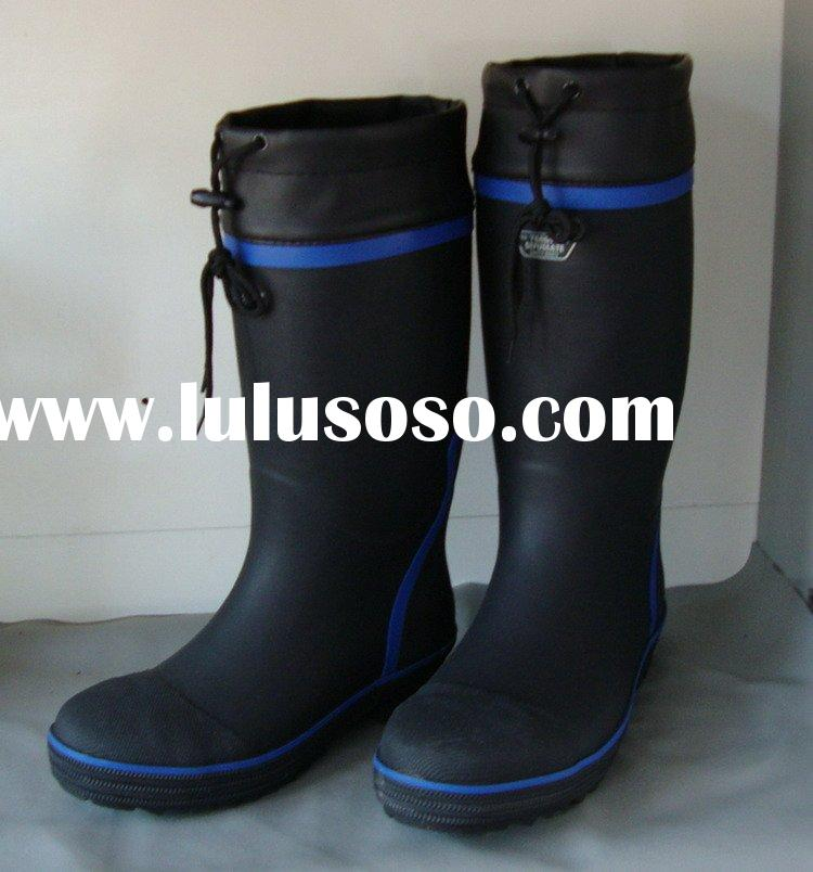 rubber working boot