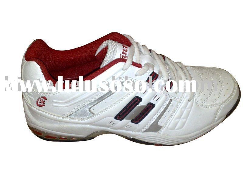 very cheap althetic shoe