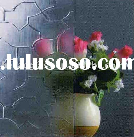 Clear Puzzle Patterned Glass