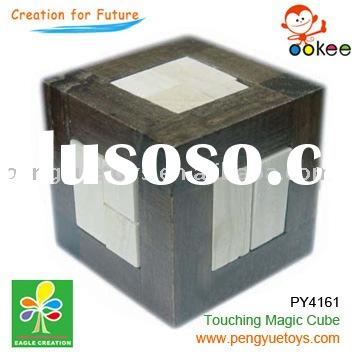 wooden iq puzzle(Touching Magical Cube)