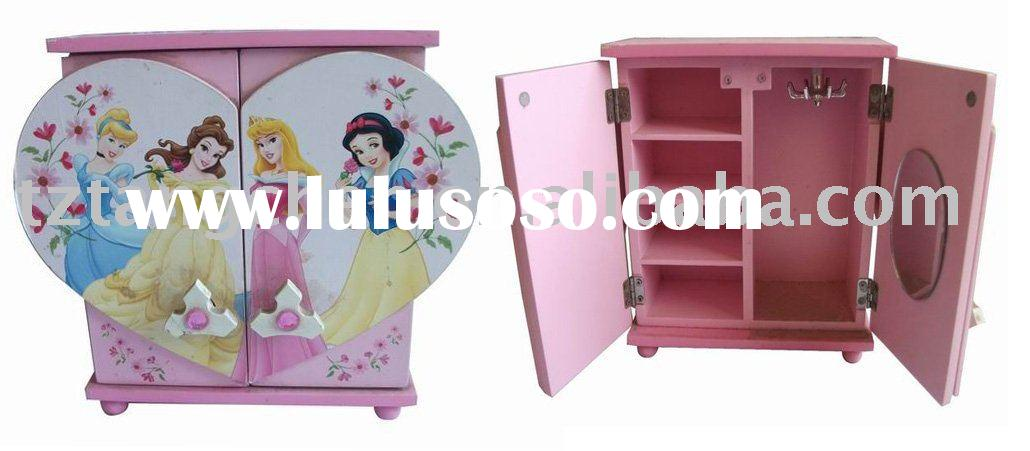 Wooden girl jewelry box