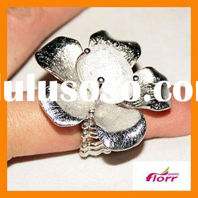 2011 Wholesale jewelers,jewelries,fashion rings FS-JZF7051