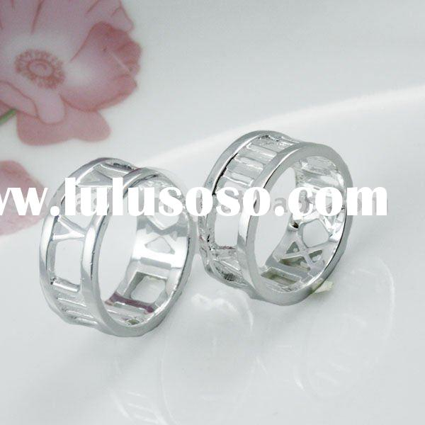 Wedding Ring Silver Couple Rings Hollow Love Jewelry Rings with Roman Numerals LE006