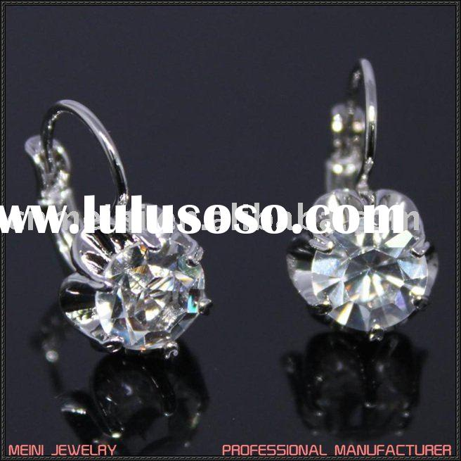 fashion earring costume jewelry