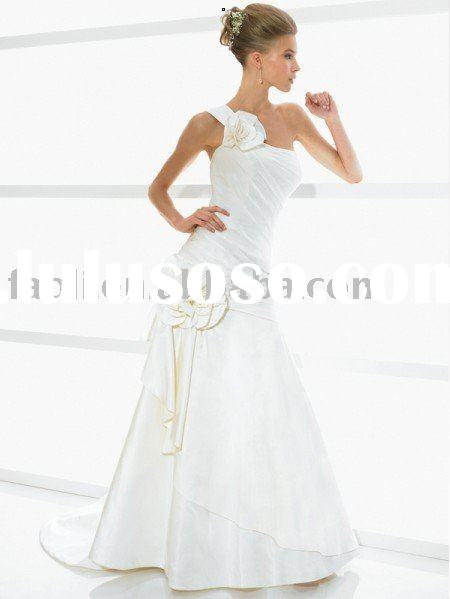 2010 Fall elegant one shoulder strap wedding dress