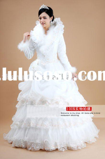 2011 Fashion Elegant Long Sleeve With Fur  Full length Ball Gown White Wedding Dress