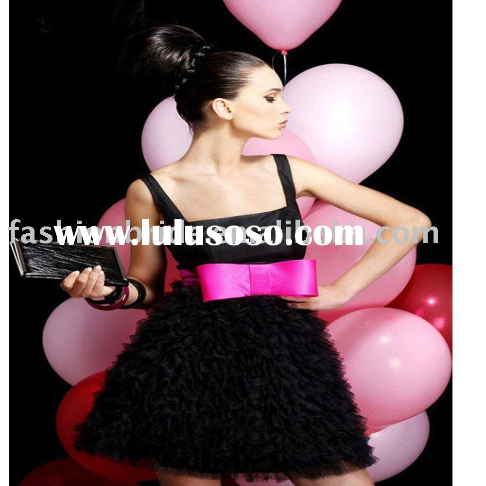 Fablous short black and red  party dress