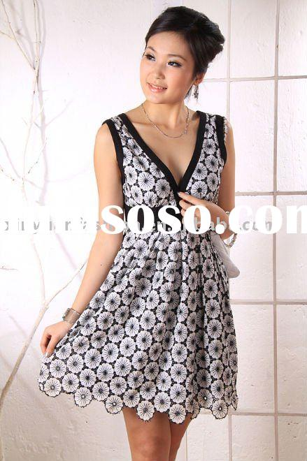 V-neck embroidery women's party dress