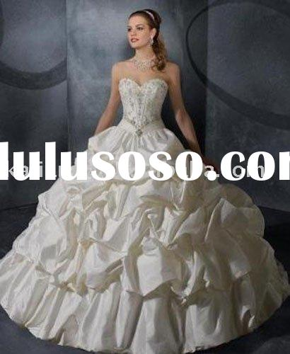2011 Collection! Sweetheart Beaded Floor Length Ball Gown Wedding dress KLN-3308