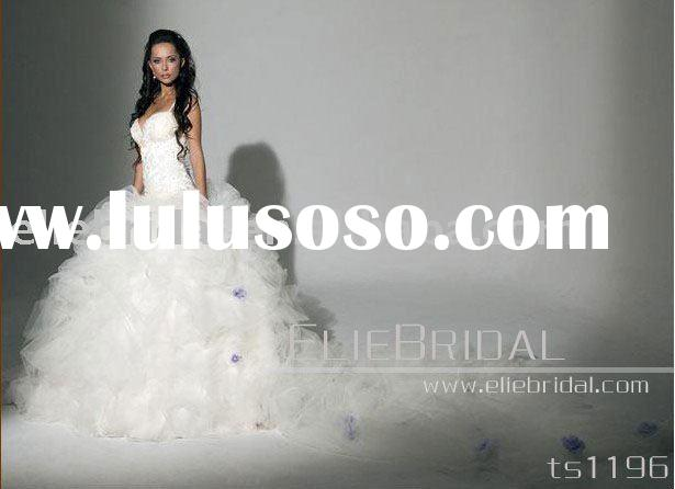 2011 Latest luxuriant Bridal Gowns wedding dress with long trailing