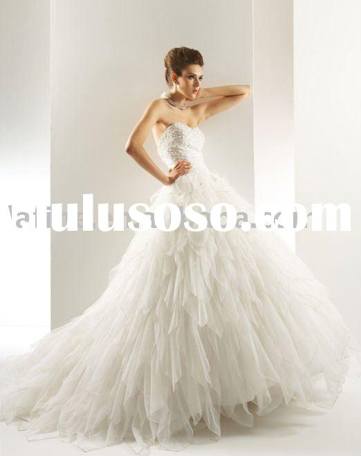 HS7017 Elegant Beaded Strapless Ball Gown Wedding Dress