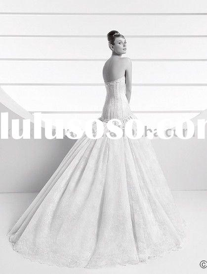 PW095 Free shipping strapless  lace overlay ball gown wedding dress