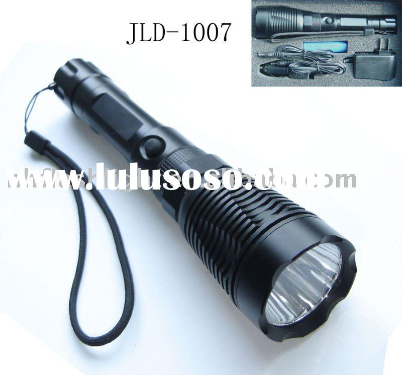 Q3 LED rechargeable flashlight