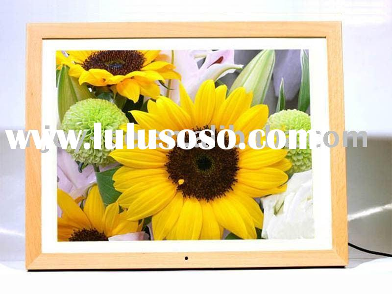 15 inch multi-functional Birght LCD Digital Photo Frame Wooden nature Superb Resolution